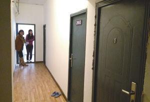 房屋被分割成多个隔断插间出租