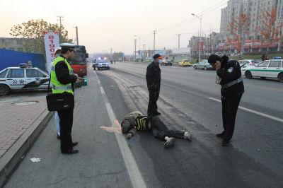 一名男子被撞身亡