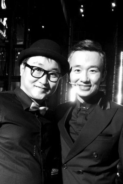 沈阳的哥小米(左)