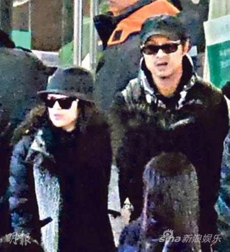 章子怡陪男友汪峰前往温哥华,之后再转到日本旅行