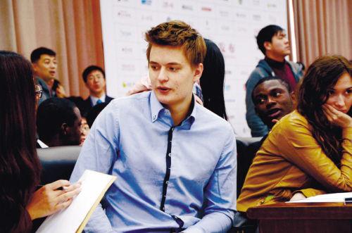 米沙 20岁 俄罗斯 现在沈阳大学留学