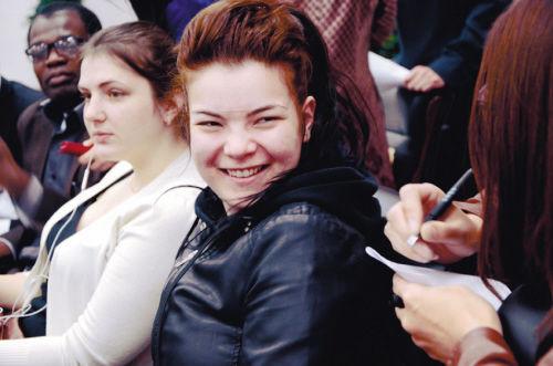 阿尤娜 20岁 俄罗斯 现在沈阳大学留学