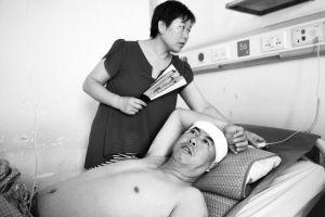 病床上的赵先生回忆起事发时还心有余悸