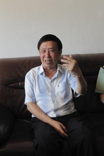 田连元气色不错,他十分感谢大家对他的关心