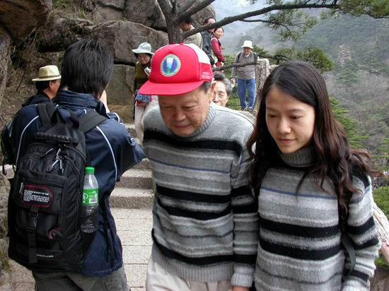 杨振宁和小自己54岁的翁帆结婚