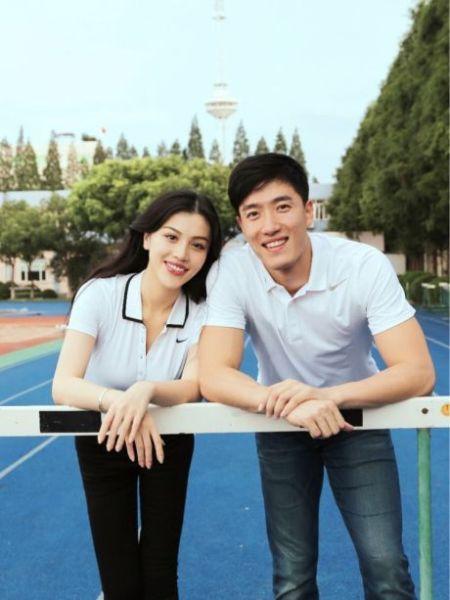 刘翔与女友照片。