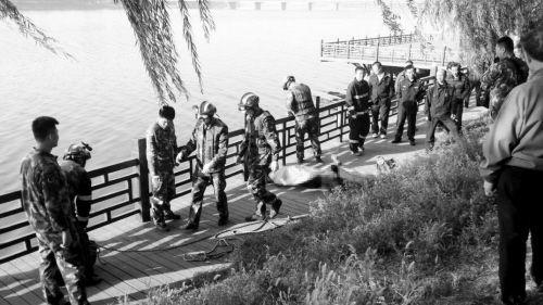 沈水湾公园发现浮尸