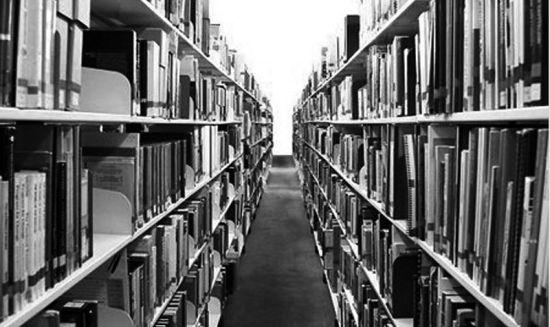 传统书店逐渐没落