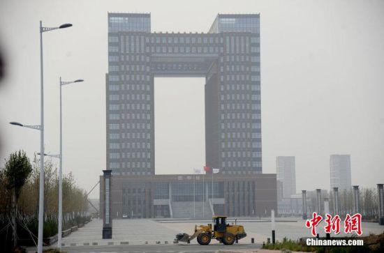 """沈阳高校建""""高大上""""图书馆。"""