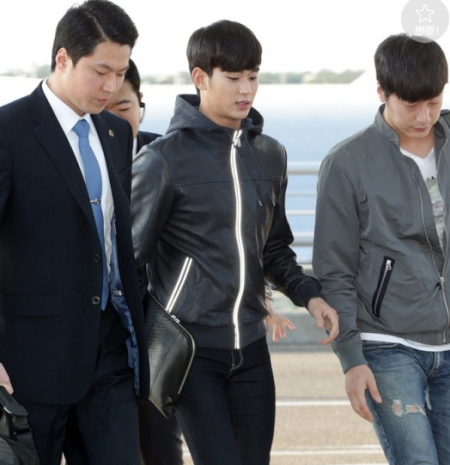 盘点韩国男星机场穿搭