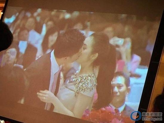 林依晨与未婚夫拥吻照曝光 闭眼神情陶醉(组图)