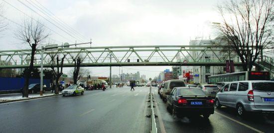 沈阳今年兴建10处过街设施 9处年底前启用(图)