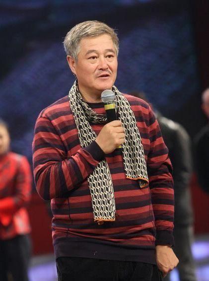 新媒记者:赵本山妻子没有新加坡身份证件