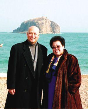 陈丽华与丈夫迟重瑞(图片来源网络)