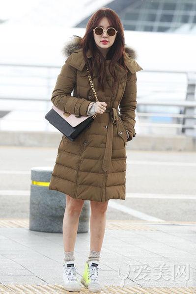 机场街拍哪家强 韩国女星时尚机场照汇集