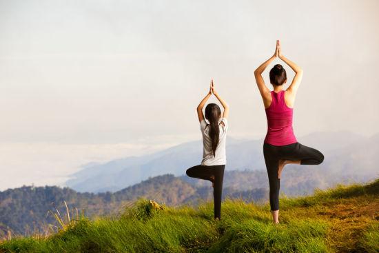 三个瑜伽小动作 改变你的大象腿图片