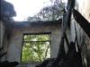平房起火危及山林