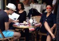 蒋雯丽与绯闻男游法国